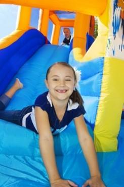 children's bounce house